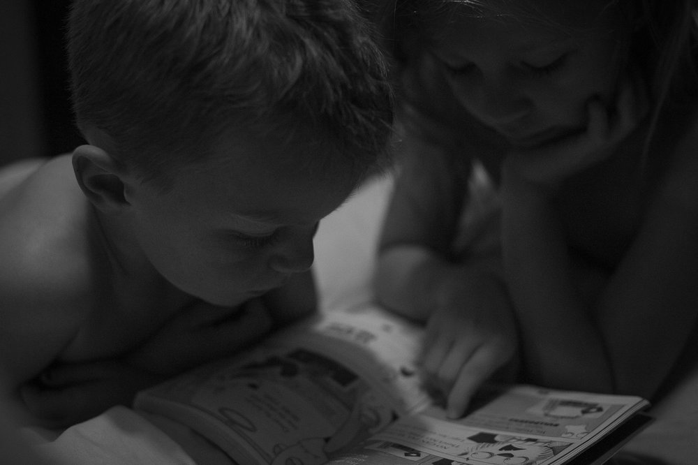 kids reading lifestyle family photographer central coast