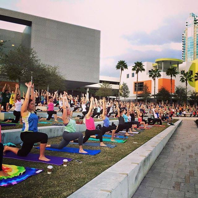 Calling all #SingleMoms in #Tampa! Meet us TODAY for #yoga in the park at 6!