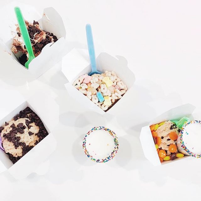 Rainy day cures are plentiful at @cookiedoughandco, come try one of our many signature flavors of amazing #cookiedough. #@westfieldmontgomery @shoptysons #cookiedoughandco #rainyday #treatyourself 📸@prettysweetlife