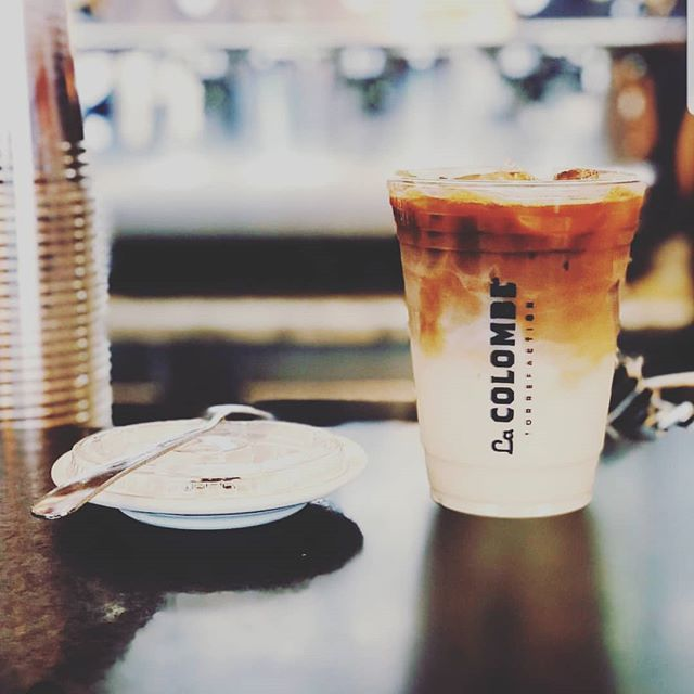 Let us help you to continue to enjoy this beautiful weekend ☀️☀️☀️ get your mid-day caffeine boost here at @cookiedoughandco @westfieldmontgomery #espresso #coffee #latte #boost #caffeine