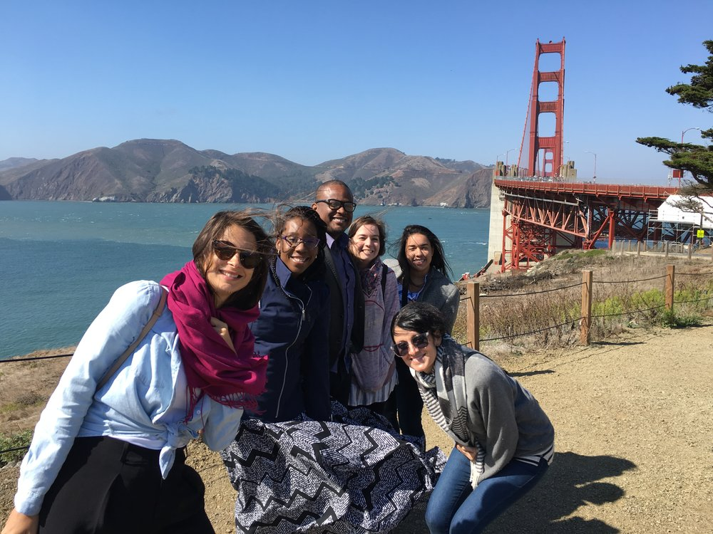 The group gets to experience the chilly winds of the Golden Gate for the first time.