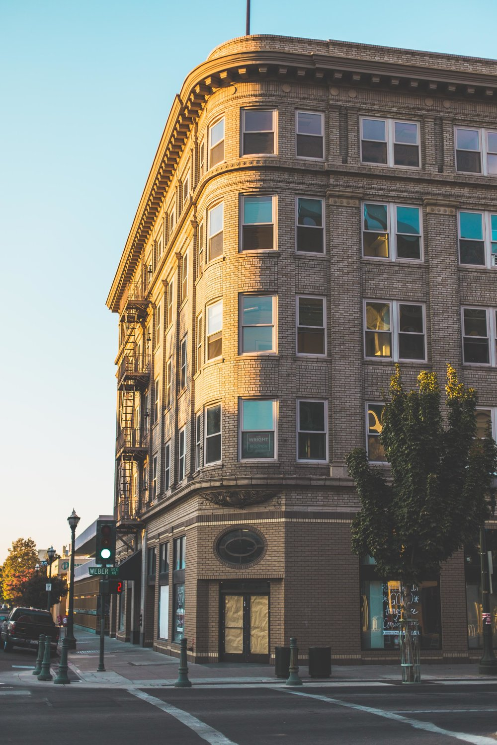 Where the Startups live - HUDDLE COWORK