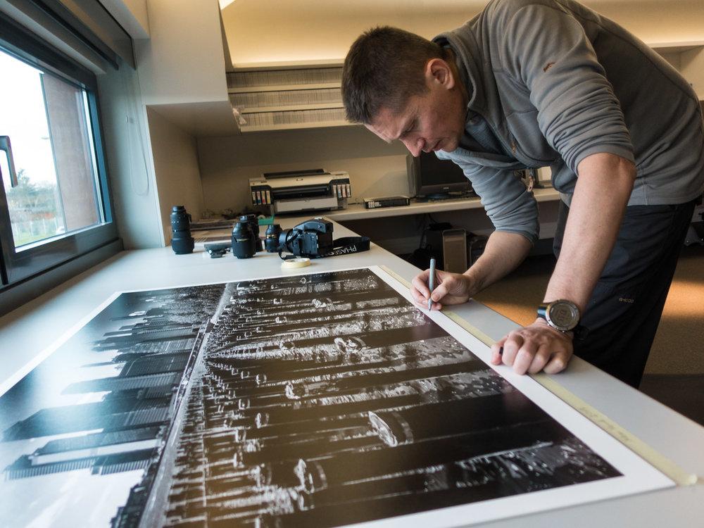 Pawel Mizielinski signing.jpg