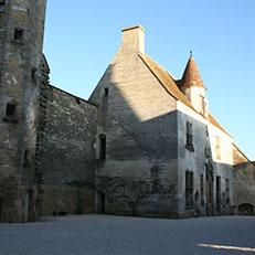 CHATEAUNEUF-EN-AUXOIS   Château   Logis Philippe Pot