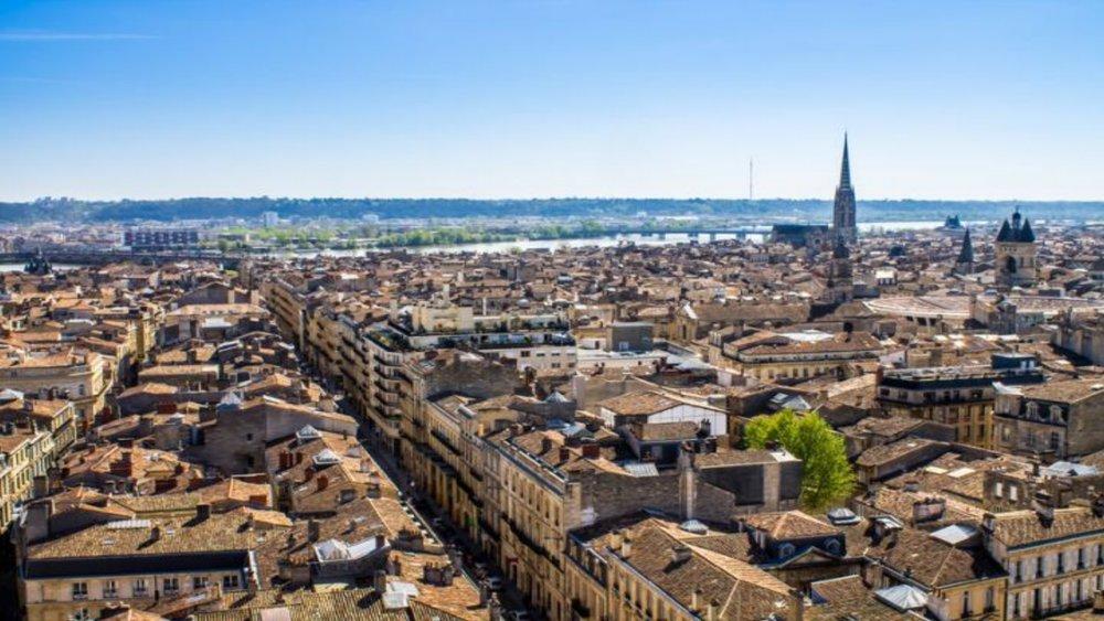 Bordeaux, T4,210.000 €, 8,5% - Tarif tout inclus (frais d'agence, frais de notaire, travaux de rénovations...)
