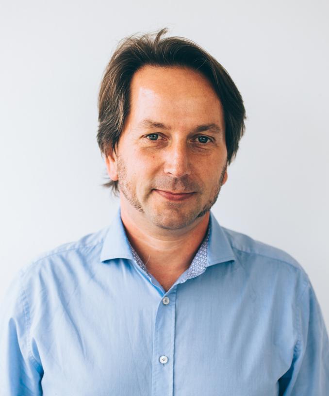 Michael Monjean Director - Téléphone: 02421/22 59 6 -40Email:michael.monjean@monjean-transporte.com