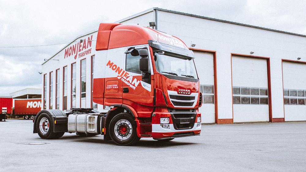 Nutzfahrzeuge - Ein großer Teil unserer Nutzfahrzeuge erfüllt die Euro 6 Norm und sind mit Co2 einsparenden Zusatzausstattung bestückt.