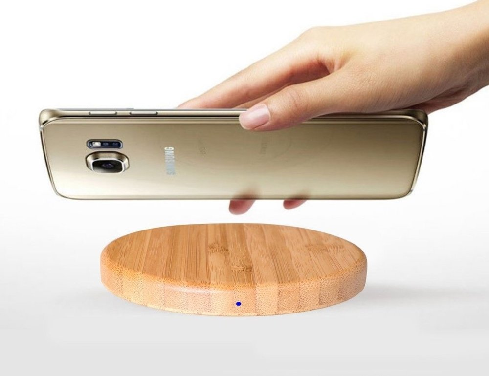 Qivv-Wooden-Wireless-Smartphone-Charger-05.jpg