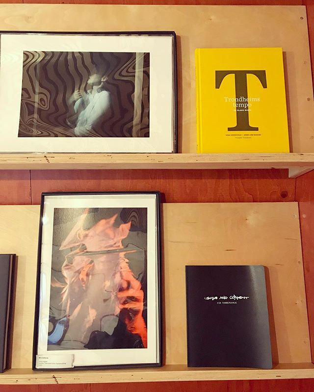 WE ARE OPEN Sat-Sun 12-17✨ Take a look at our book corner and M35 Editions. Now showing 'Dead Water' by Kim Ramberghaug & Jessika Törnqvist. @kim_ramberghaug @le_navire_night // #lightninhowlinandscreamin #modul35 #deadwater #photogallery #fineart #salesexhibition #trondheimtempo @prosjekttrd #m35editions
