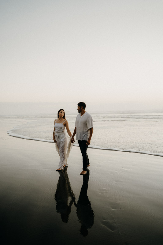 Muriwai Beach, Engagement photography