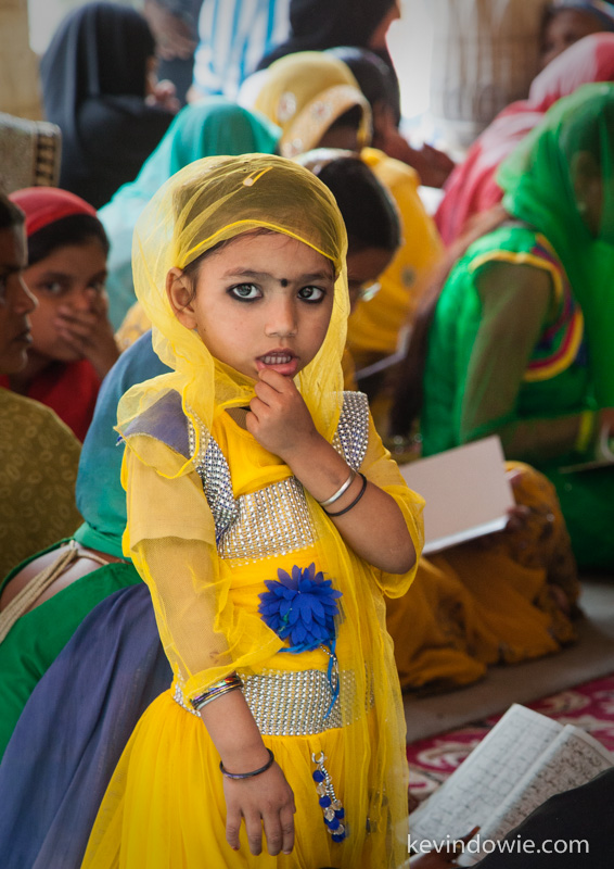 Young girl in the crowd, Nizamuddin.