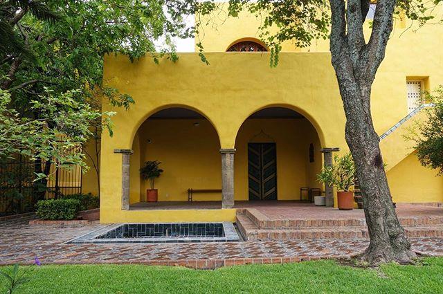 Casa ITESO Clavijero by Luis Barragan, 1928 #bonjourtristesse_guadalajara #luisbarragan #houseportrait #archdaily #guadalajara