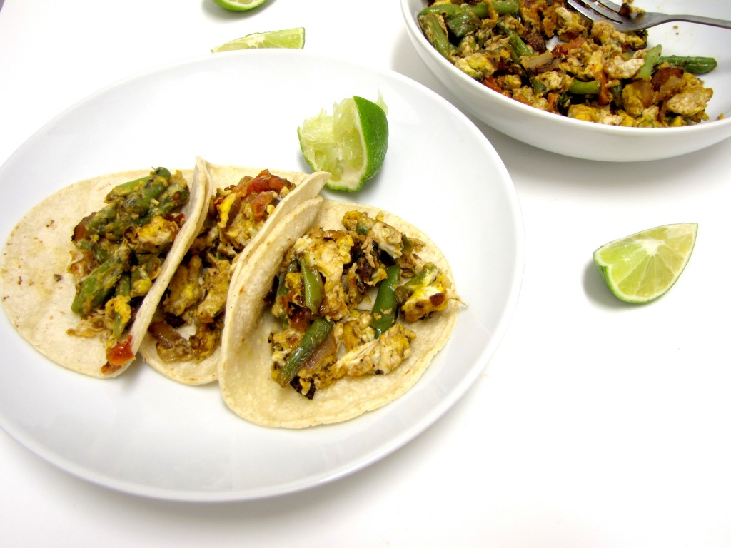 Ejotes con Huevos, Mexican Green Beans, Green Bean Tacos, Tacos with Green Beans, gluten-free, vegetarian, gluten-free recipe, Mexican tacos, mexican breakfast, recipe ideas, meatless monday