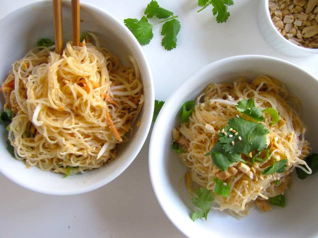 Kelp Noodle Padthai, gluten-free pad thai, raw pad thai, kelp noodles, kelp noodle recipe, gluten-free recipe, recipe, healthy recipe
