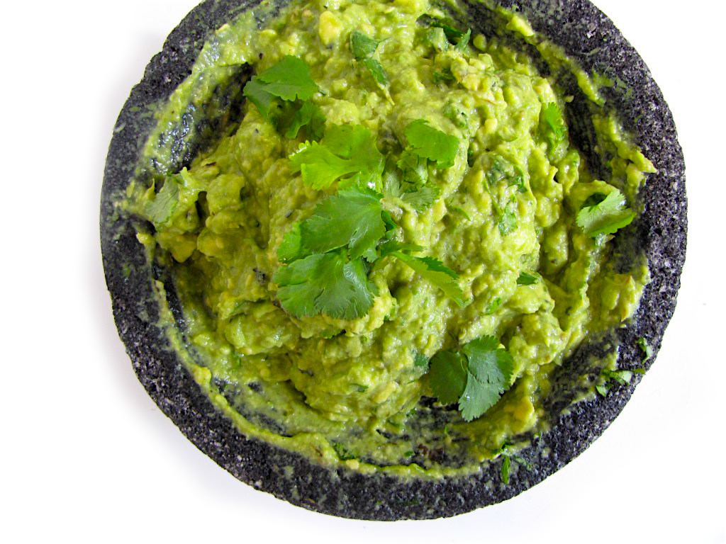 GUACAMOLE WITH ROASTED SERRANO CHILE 3