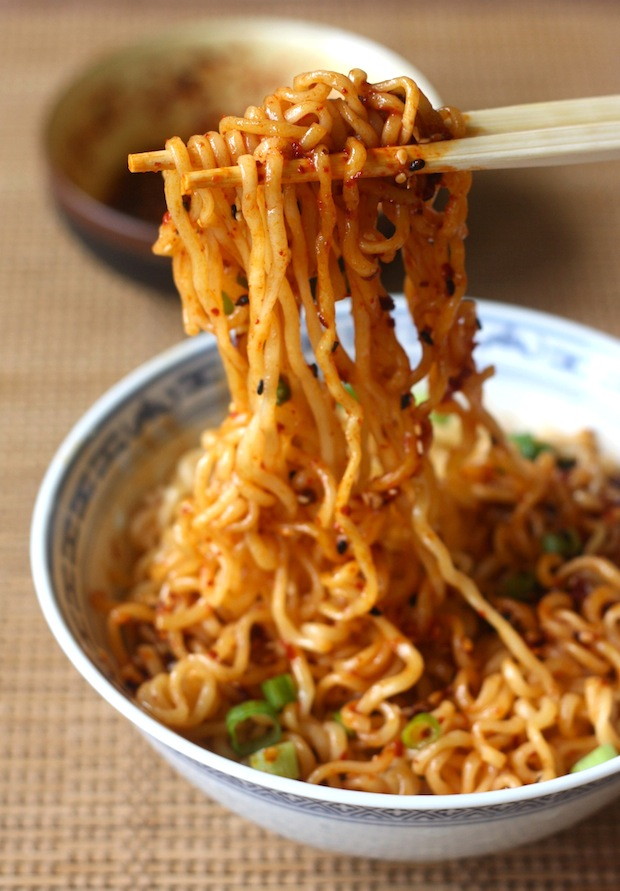 ramen with spicy korean chili dressing_season with spice