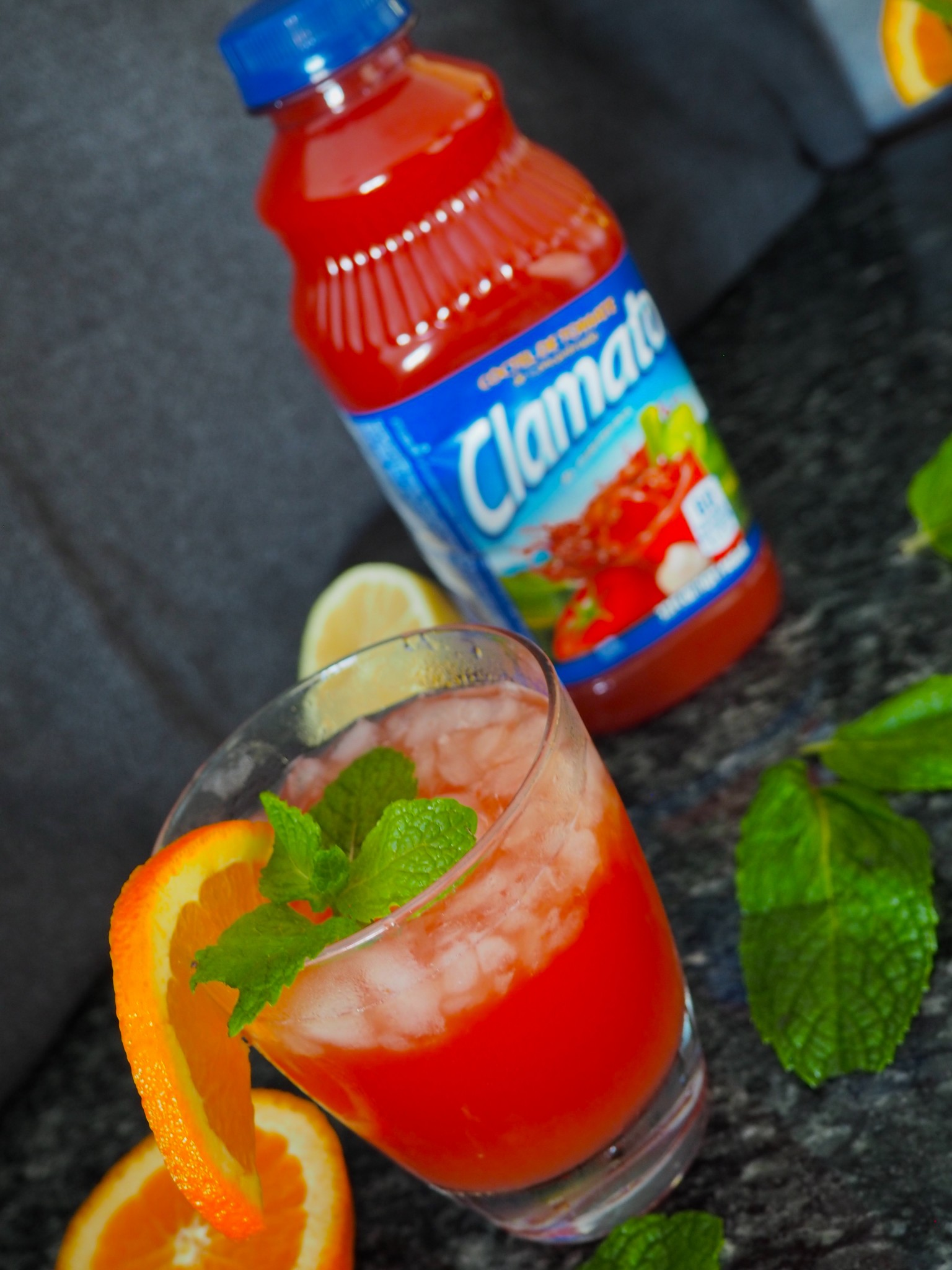 Clamato Holiday Refresher10