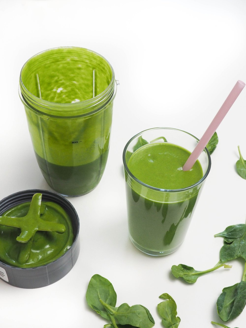 Green Lean Power Smoothie letsregale.com0