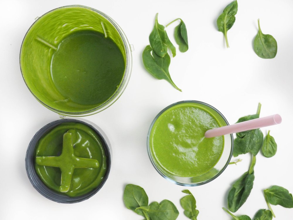 Green Lean Power Smoothie letsregale.com2