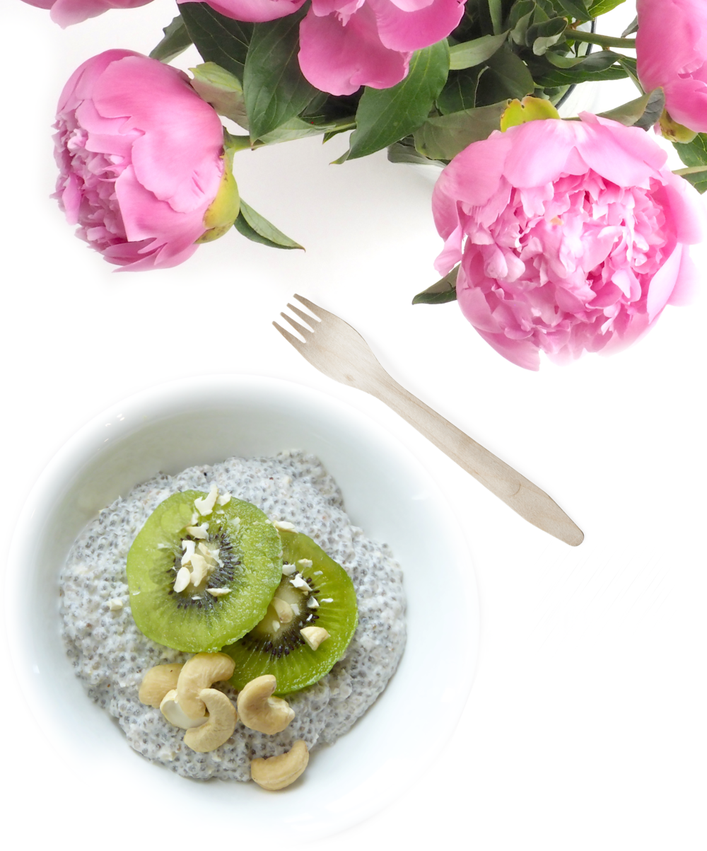 Chia Seed Pudding with Kiwi Cashew_1