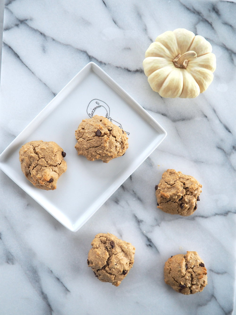 Pumpkin Spiced Chocolate Chip Protein Cookies #GlutenFree
