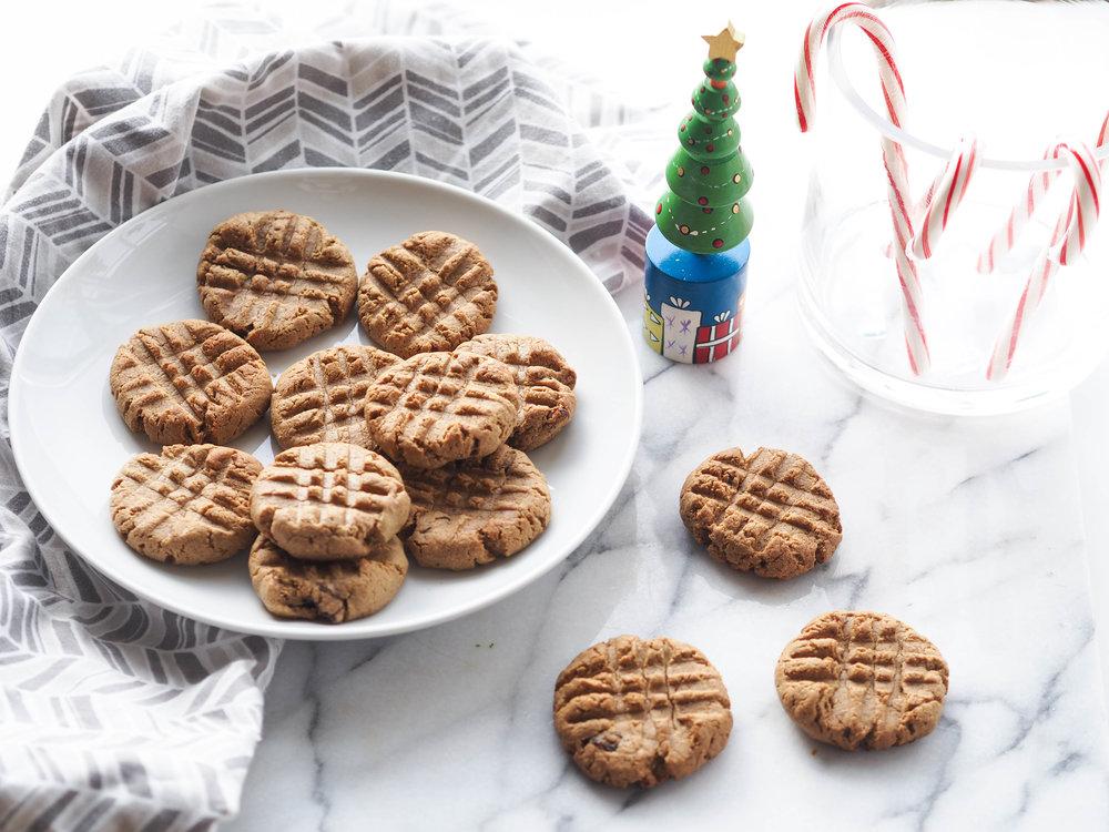 Cinnamon Raisin Peanut Butter Cookies