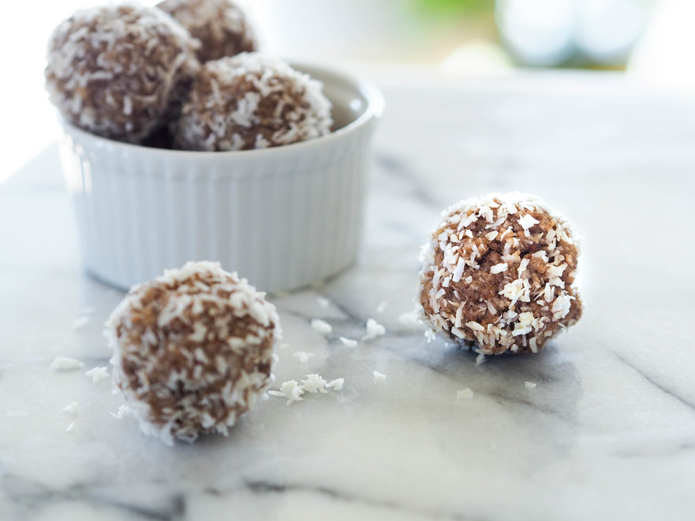 Raw Cinnamon Donut Holes_-6.jpg