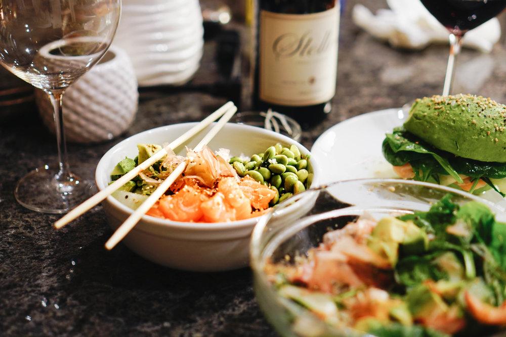 avocado_bun_burger_and_sushi_bowl_recipe_1.jpg