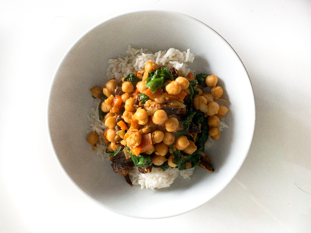 Curried Garbanzo with Spinach Buddha Bowl  2.png