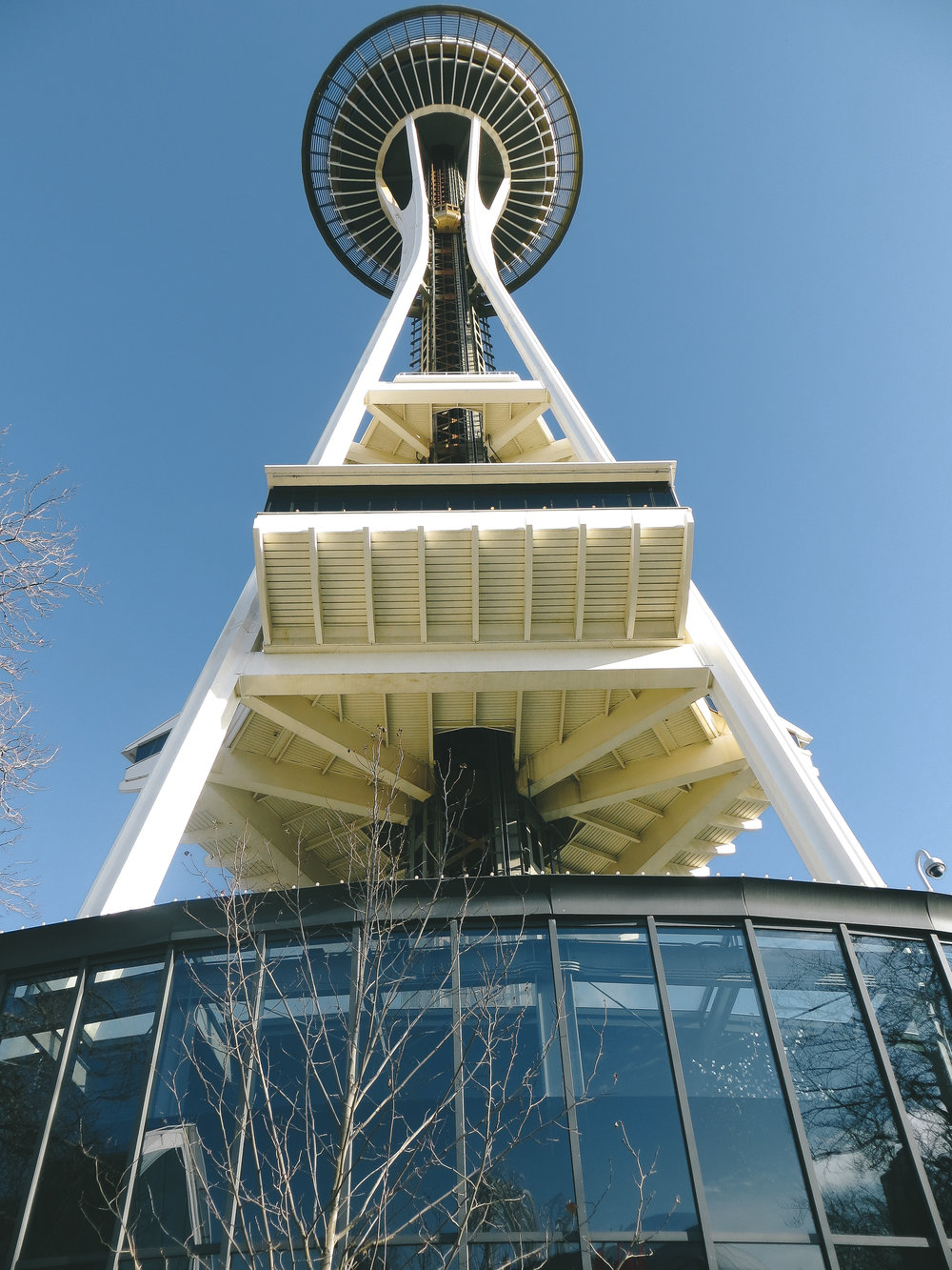 Insiders guide to seattle -space needle - www.letsregale.com - pacific northwest travel blogger 3.jpg
