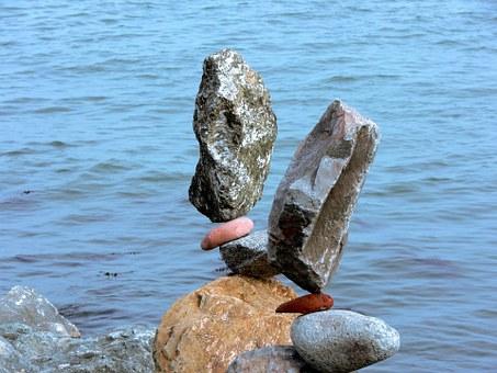 rocks-216204__340.jpg