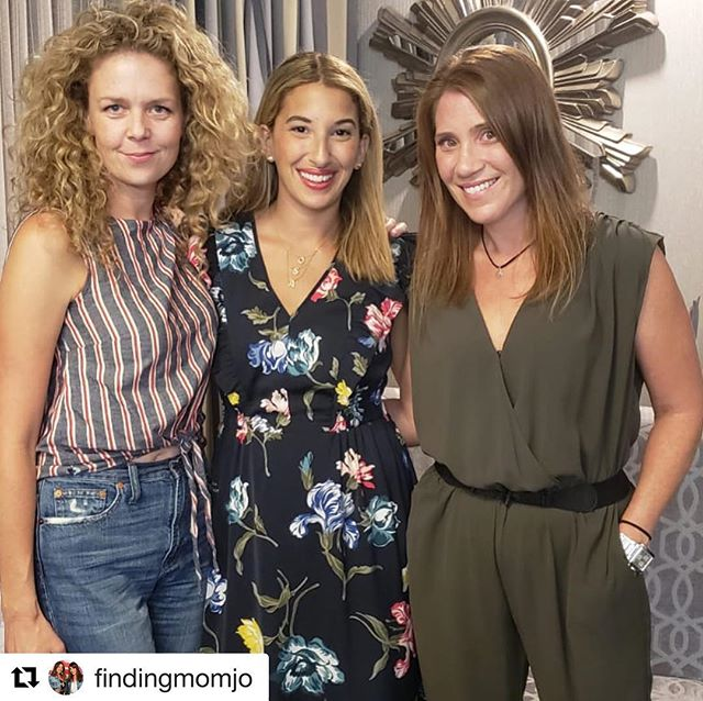 Thanks guys for a wonderful candid conversation in the Hammer!! #hamont Repost @findingmomjo with @get_repost ・・・ 🍫 Giveaway Below 🍫  Oh what a night! 💫 Thank you, Juno (a.k.a Frankie from @workinmoms) for making #MomjoLive Masterclass exactly what we envisaged it to be. We learned from you, laughed with you, got inspired by you and made a new friend in the process 🌸 Missed the show? 🎥 Head to our FB page @findingmomjo to watch the replay 😜 • To keep the sweetness going, we have a unique and delicious #treatoftheweek to giveaway! A chocolate box filled with personalized goodies, to the value of $75 is up for grabs... 👉Here's what you need to do to enter:  1. LIKE this post 2. FOLLOW @sweetcornergift and @findingmomjo 3. TAG a friend who LOVES chocolate (one tag per comment for bonus entries) . . . #workinmoms #junorinaldi #actress #workingmom #empoweringwomen #inspirationalwomen #ohheymama #joyfulmama #canadianactress #proudlycanadian #momtalk #girltalk #starstruck #excitementoverload #motherhoodunplugged #giveaway #sweettreat #chocoholic #sweetcornergift