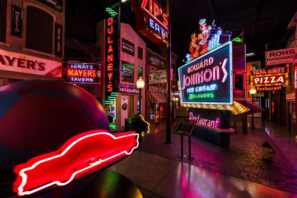 SummerGuide_AmericanSignMuseum_HB.jpg