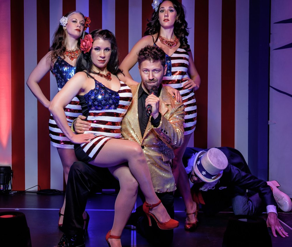Host Carl Buster and the All American Girls (2).jpg