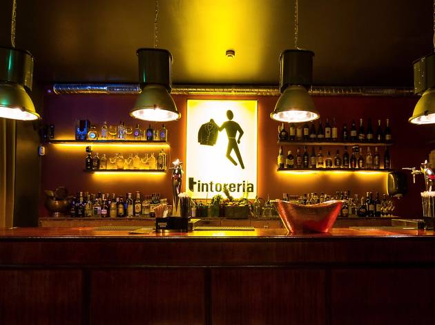Bar Conceição 35   Opening time: Tuesday, Wednesday, Thursday, Sunday: 5pm-2am / Friday and Saturday: 5pm-4am  Address: Rua da Conceição, 35  Facebook:  https://www.facebook.com/barconceicao35