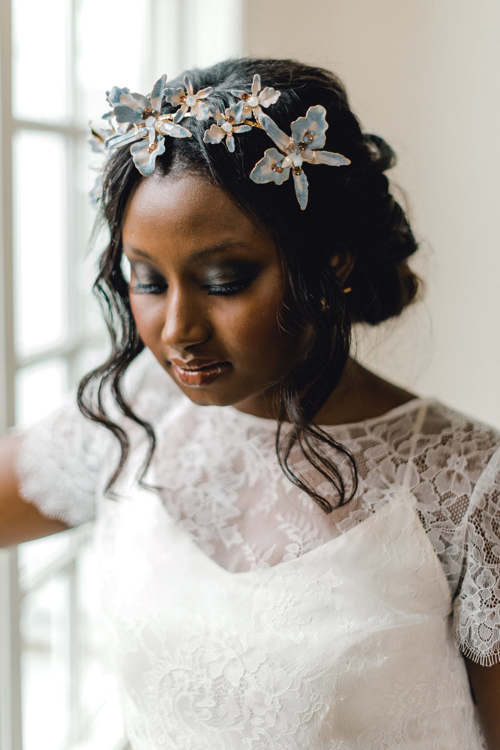 Wedding makeup and wedding hair with accessory for Pablo Neruda enchanting garden styled shoot planned by Exhale Events. Get inspired at exhale-events.com!