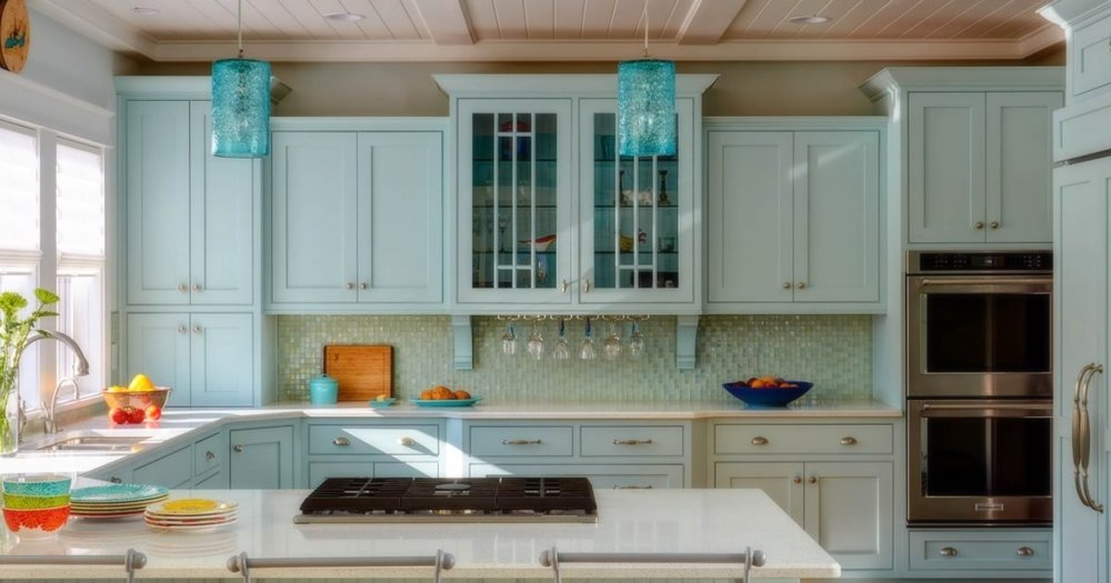 coastal-inspiration-lexington-kitchen-cabinet-feature.jpg