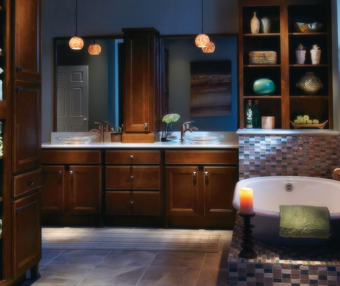 dark_maple_bathroom_cabinets_2.jpg