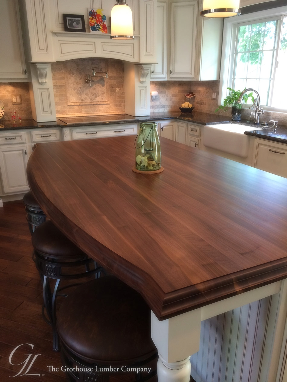 Walnut_wood_countertop_10679.jpg