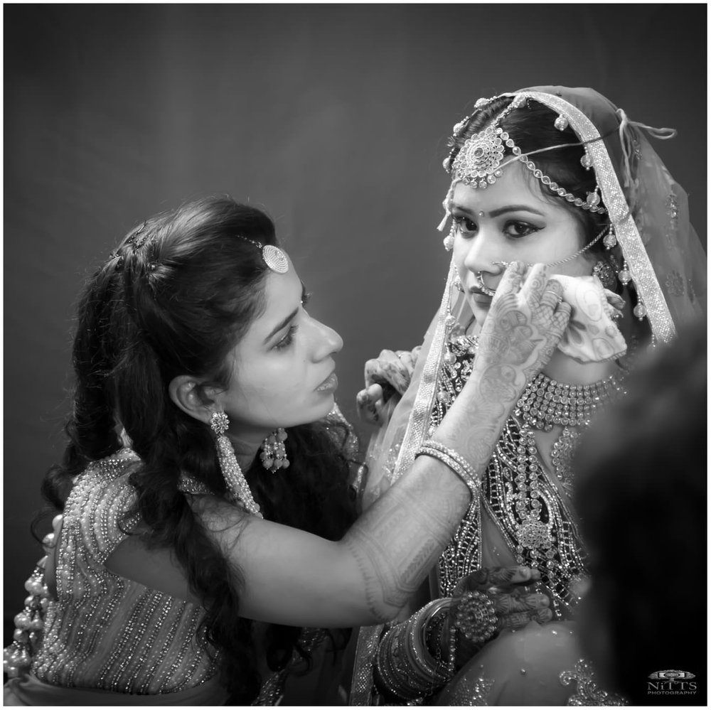 Divya+Ravi-November 25, 2016-699 - Square.jpg