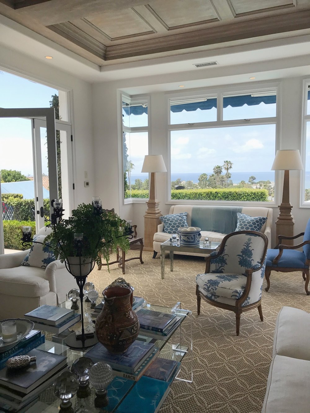 Laguna Beach California living room with windows looking out over Pacific Ocean.