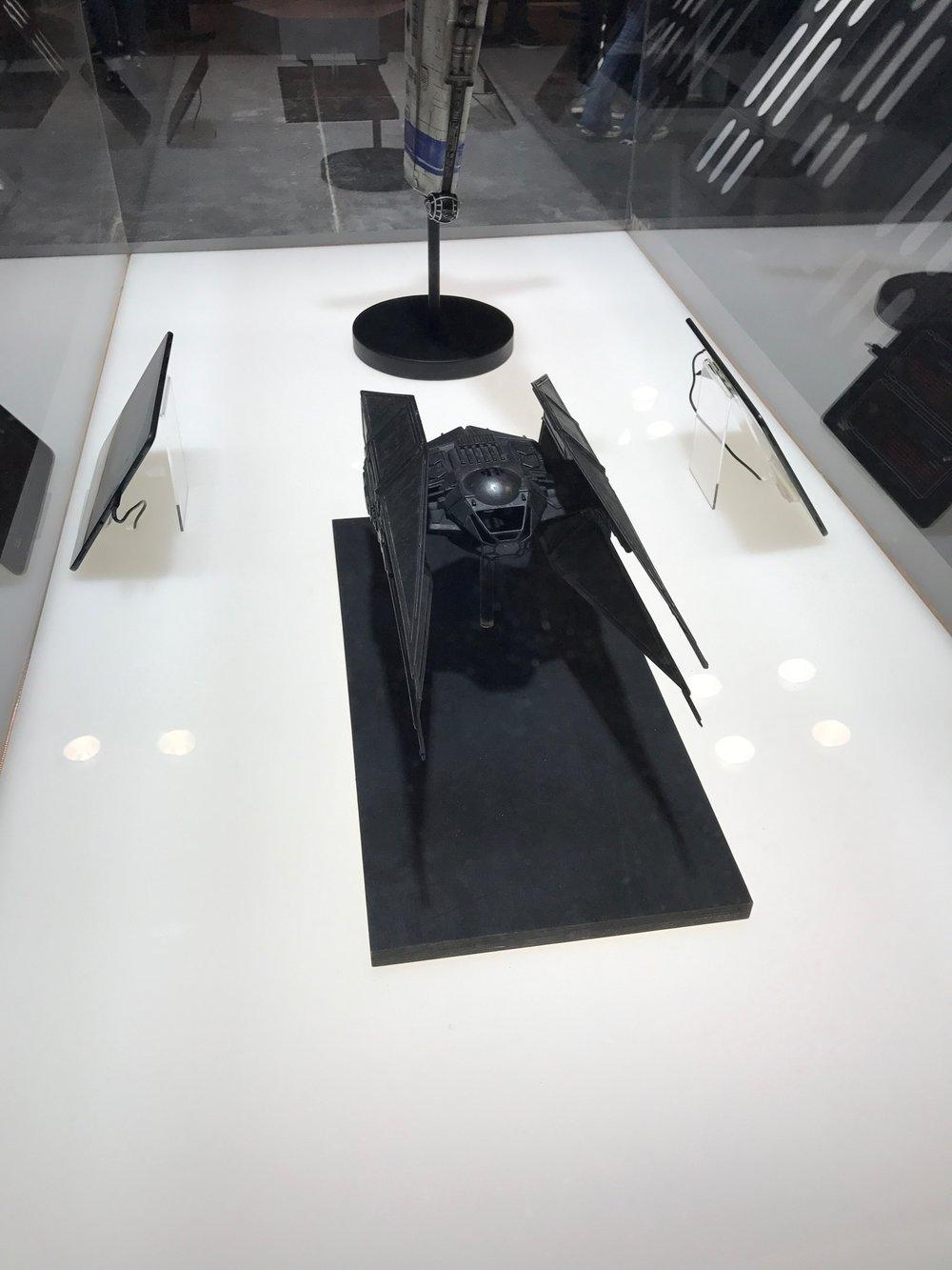 Verizon Booth-NYCC10.jpeg
