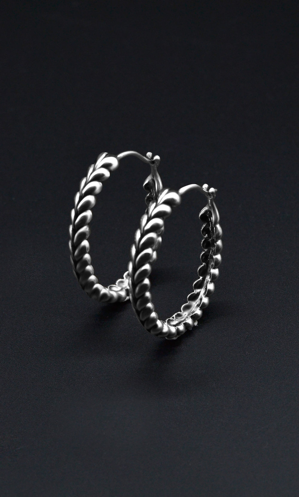 herringbone_earings_2.jpg