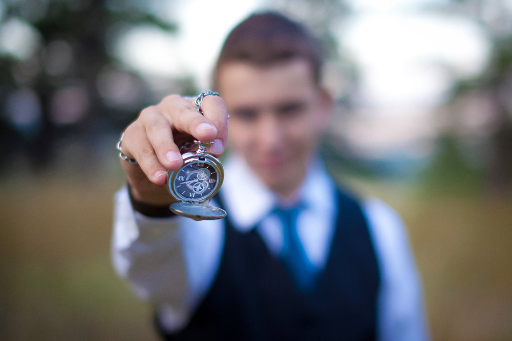 pocketwatch-high-school-senior-portrait-session.jpg