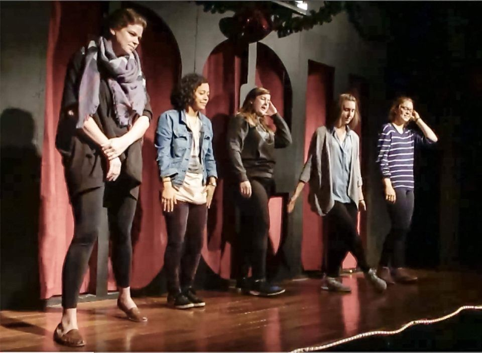 (from left to right) Tori, Kirstie, Heather, Dana, Lindsay