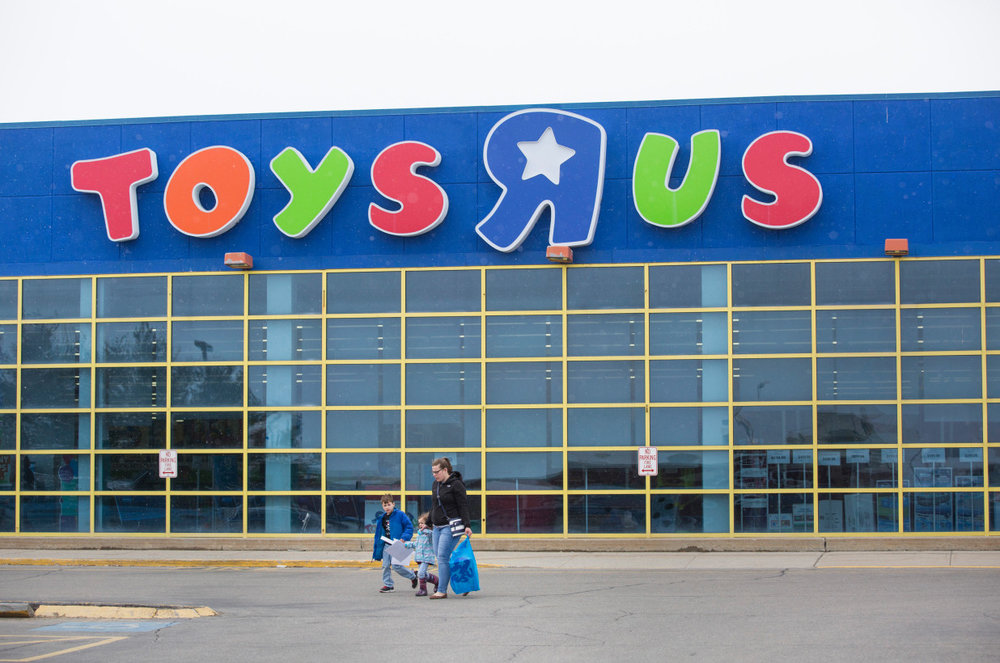 former-toys-r-us-execs-are-planning-a-potential-comeback.jpg
