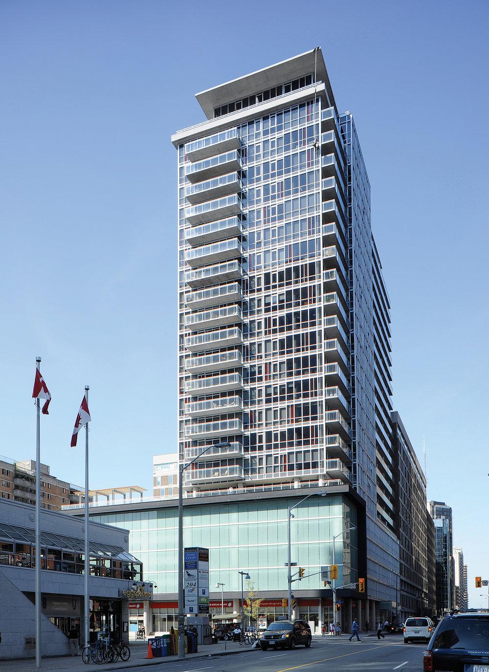 Mondrian, Ottawa