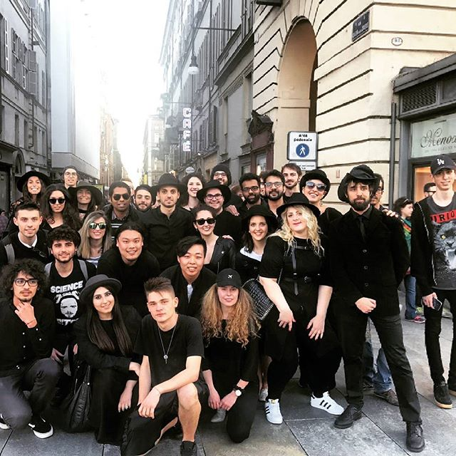 The community is growing!!! Thanks to everyone who helped in making this happen. Video coming soon!! Stay tuned Post flashmob . #cappellineri #flashmob #installationart #art #team #italy #turin #fun #design #work