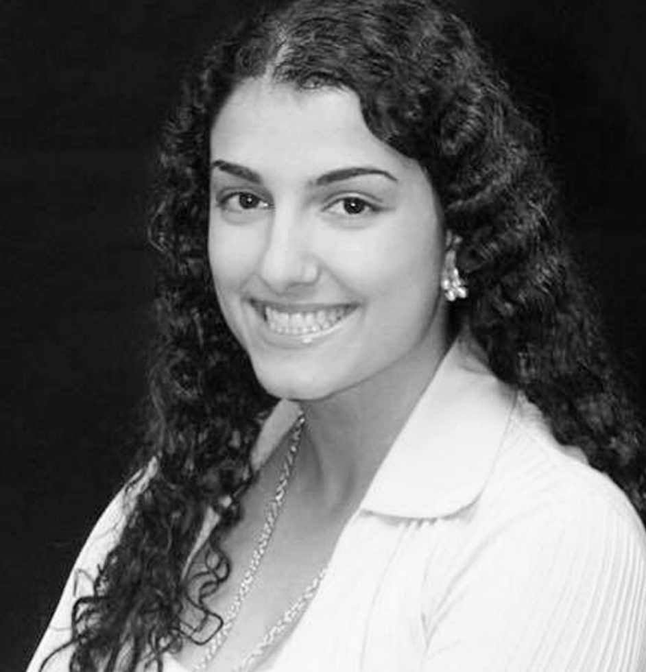 Hoda Hassanieh - Bachelor in Kinesiology & minor in Global Enterpreneurship  Master's in Healthcare Administration