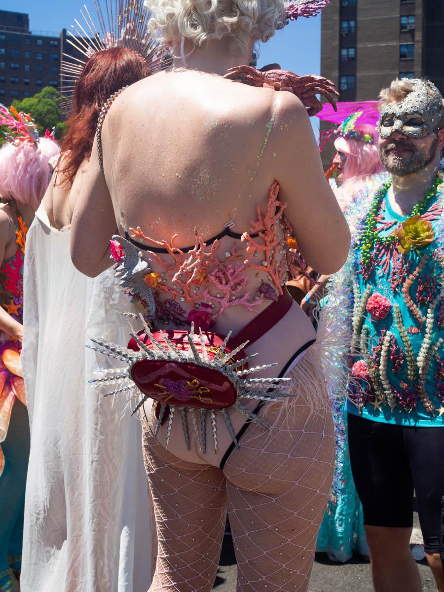 MermaidParade66138-WEB-Portfolio.jpg